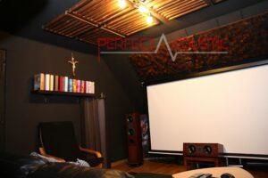 Platzierung des Akustikdiffusors an der Wand.