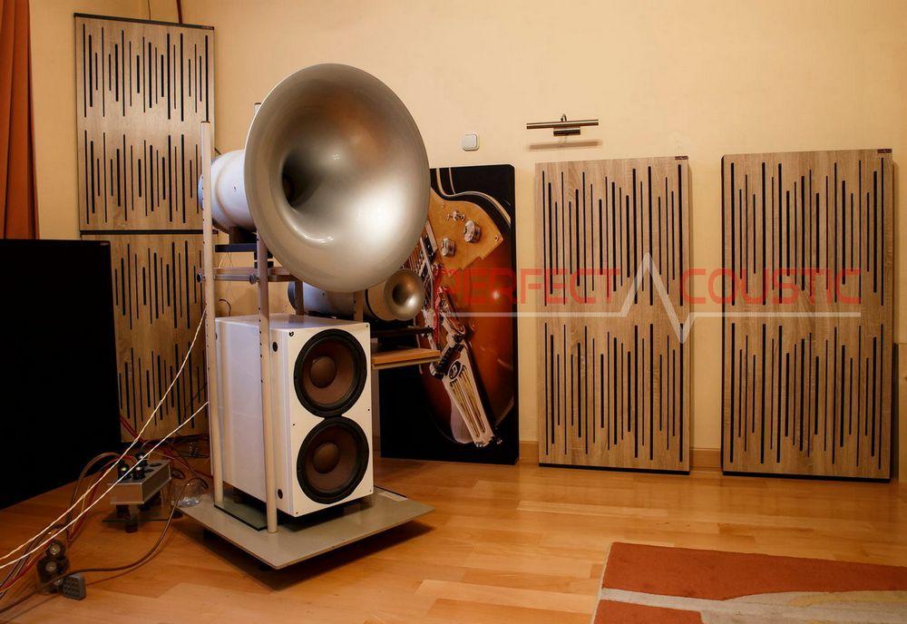 Platzierung von akustikplatten mit diffusor an einem buckligen Lautsprecher..akustikelemente
