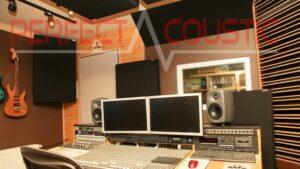 Studioakustik-Management..Breitband akustikplatten