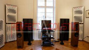 HiFi-Ausstellung, akustisch behandelt-schallabsorbierende Paneele in der Baraby-Villa