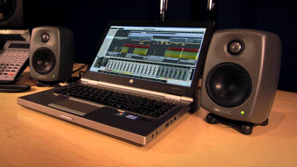 Genelec-8010A-Monitore