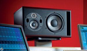 Trio11-Sprecher im Studio