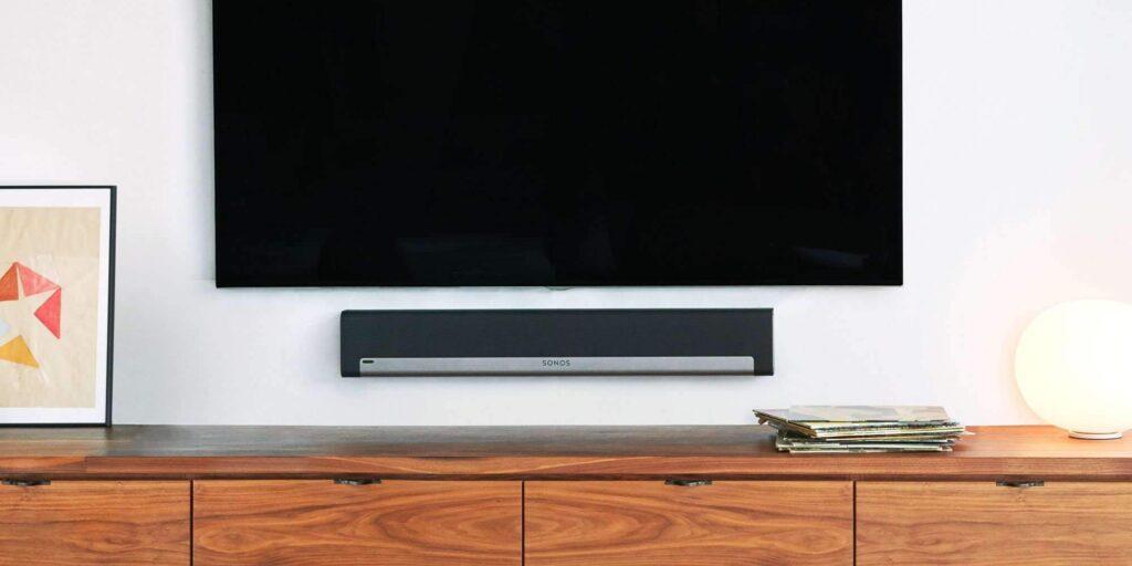 Playbar-Soundbar-mit-Fernseher