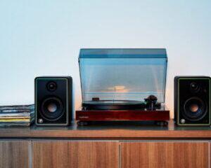 Mackie-CR8-XBT-Studiomonitor-Hauptbild-300x300